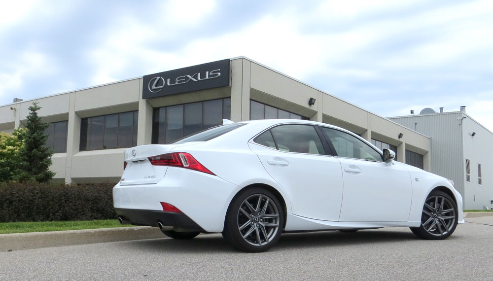 Lexus IS 300 AWD