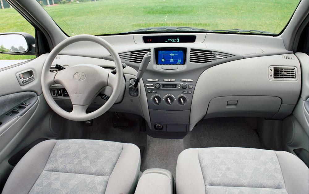 First Generation Toyota Prius Interior