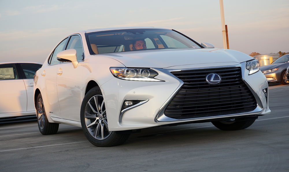 2016 Lexus Es In Eminent White