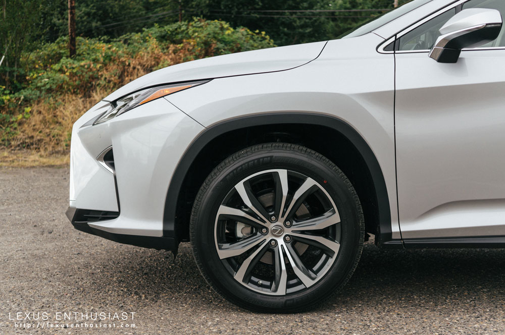 Lexus RX Side Wheel