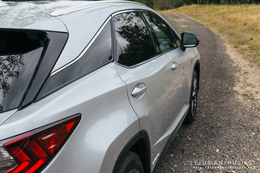 Lexus RX Side Window
