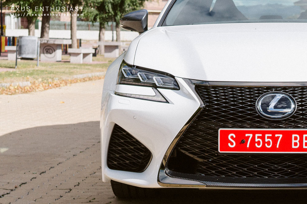 Lexus GS F Light Fin