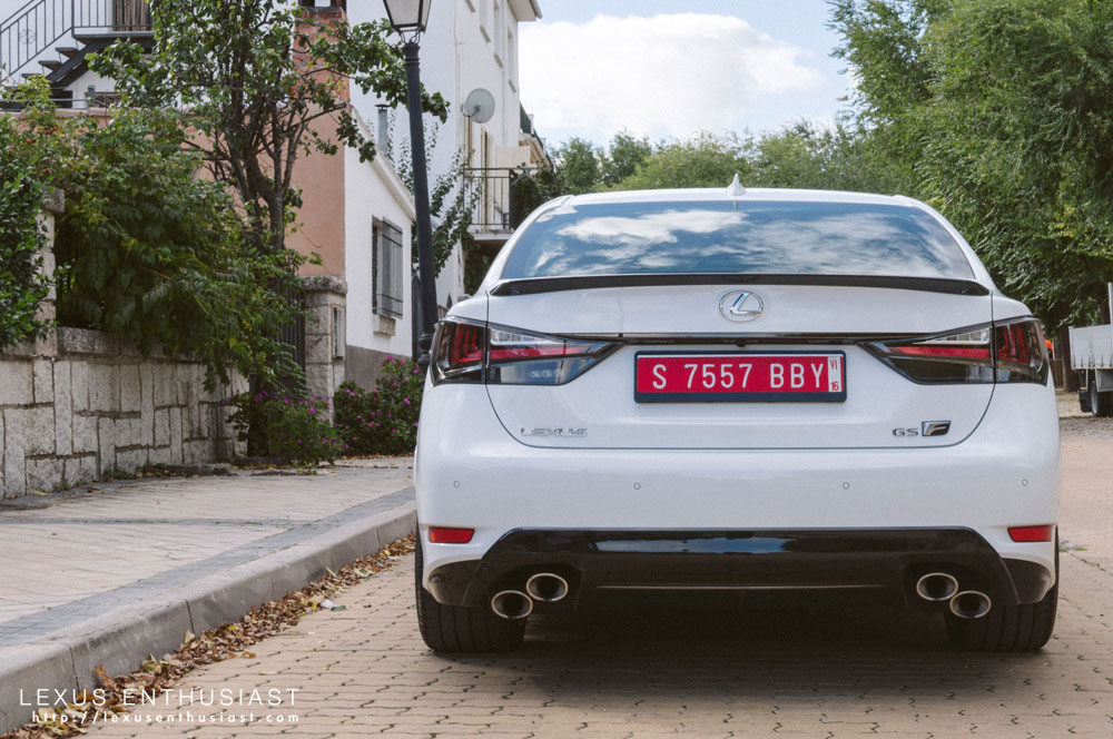 Lexus GS F White Rear