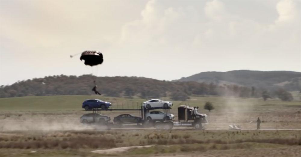 Lexus RX Skydiver