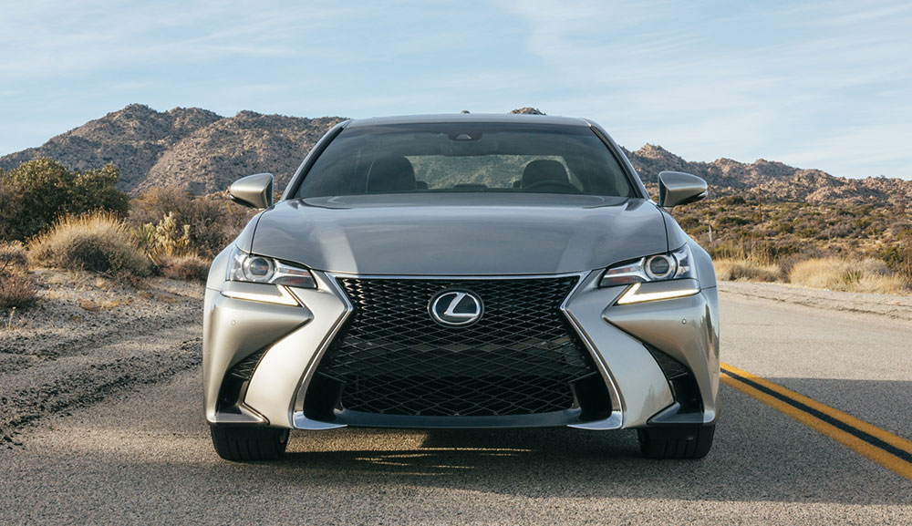 Lexus GS F SPORT Front End 2016