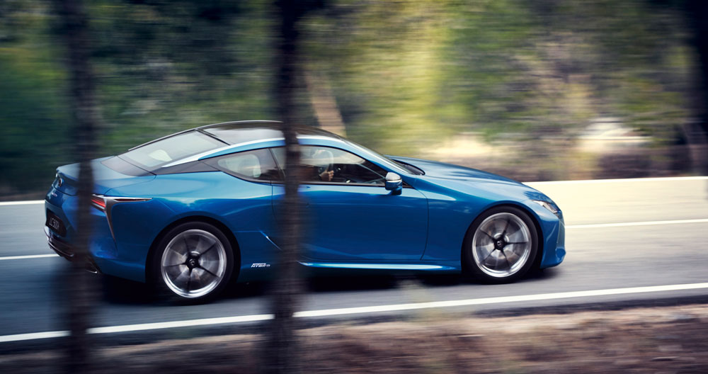 Lexus LC 500h in Motion