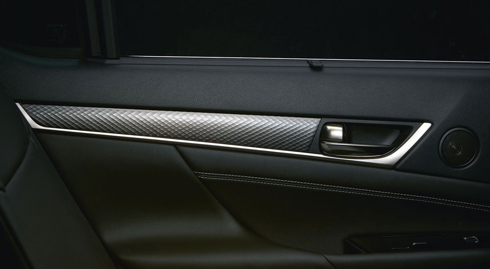 Lexus GS F Naguri Aluminum