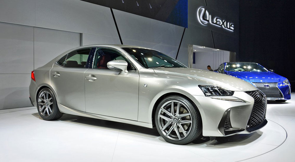 Lexus Is 2017 Live