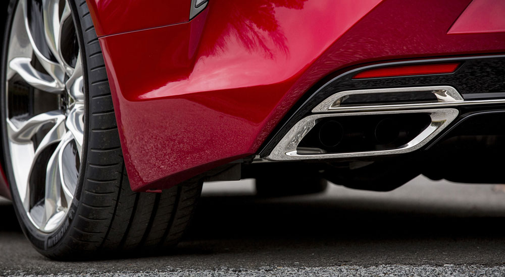 Listen to the Growl of the Lexus LC 500 Exhaust