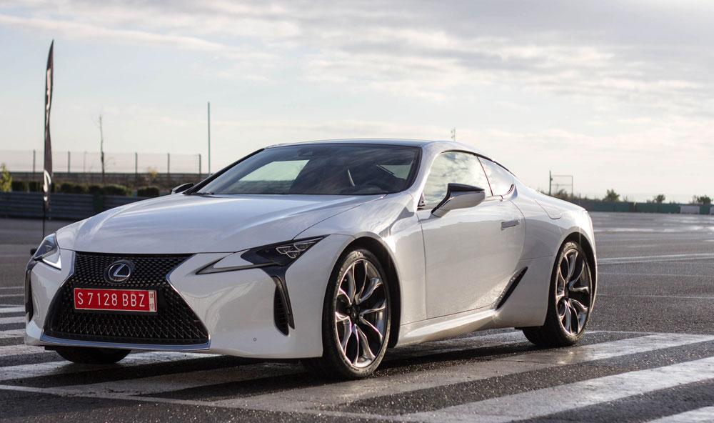 Lexus LC White