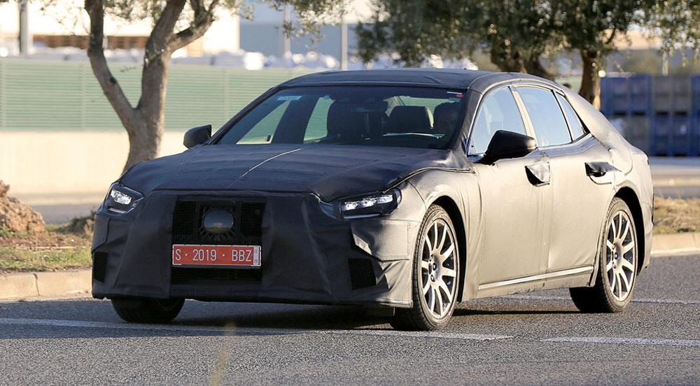 Lexus LS Prototype Spotted