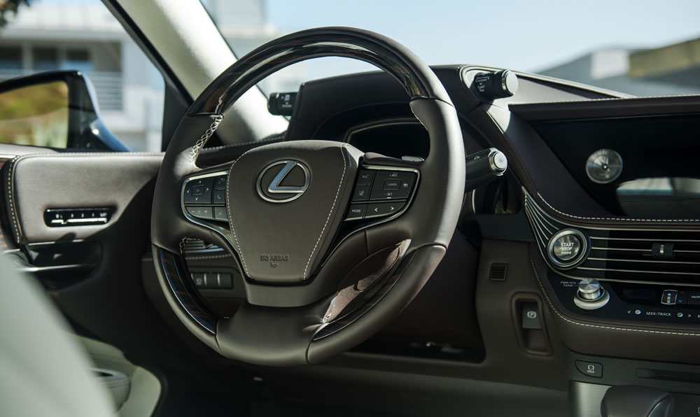 Lexus LS Interior Steering Wheel