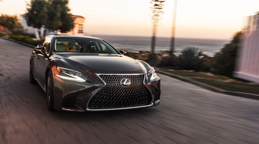 Lexus LS Dynamic