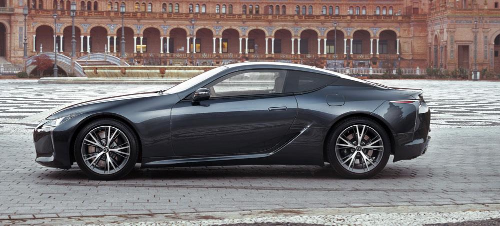 Lexus LC 500h Coupe