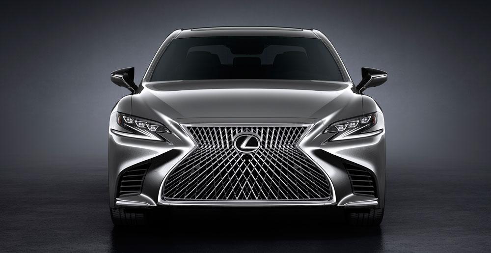 Lexus LS Front View