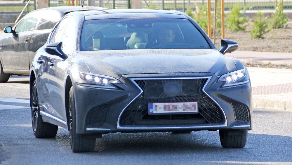 Lexus LS F Front