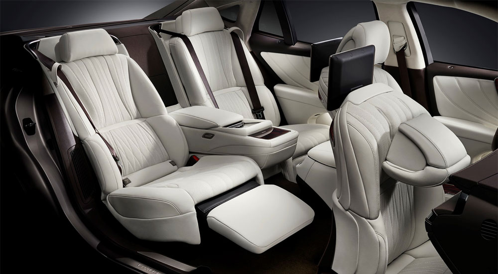 Lexus LS Rear Seats