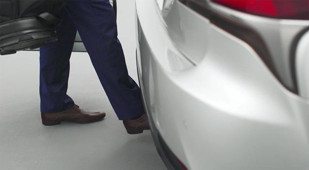 Lexus LS Rear Trunk