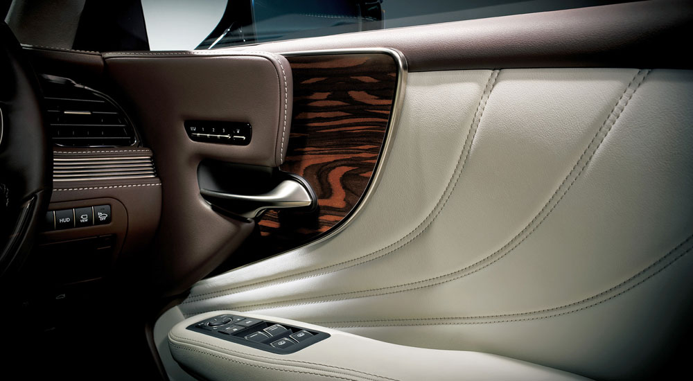 Lexus LS Art Wood Trim