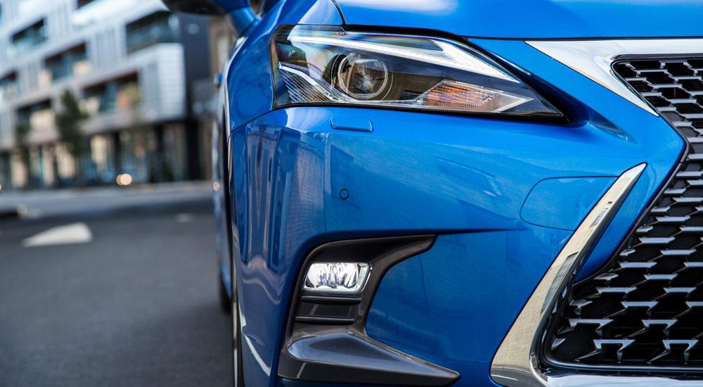 Lexus CT Foglights