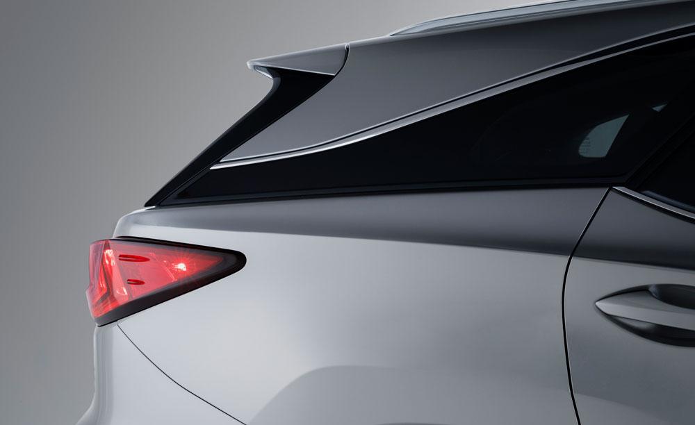 Lexus RX Tail