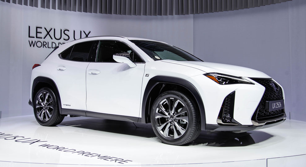 Lexus UX Photo Gallery Live