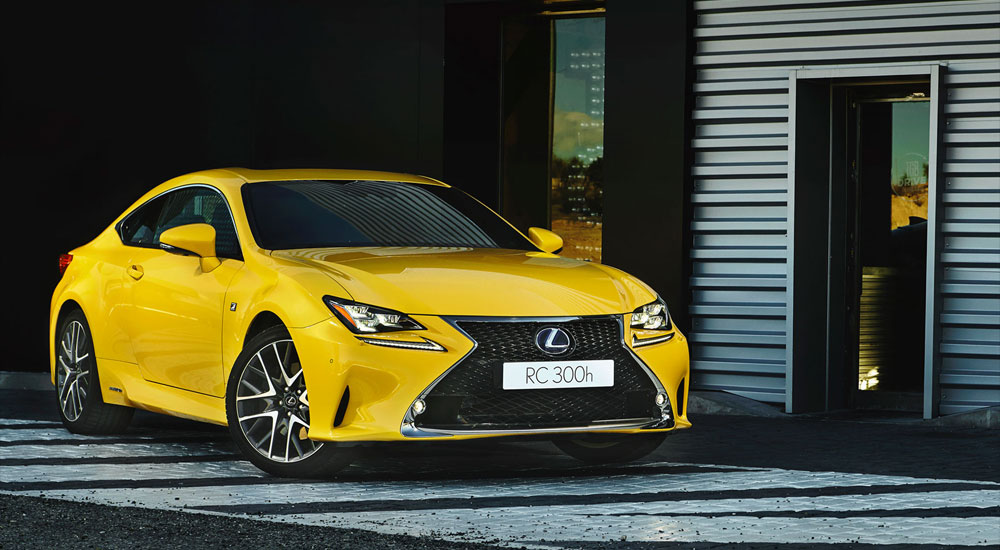 Lexus RC F SPORT Flare Yellow