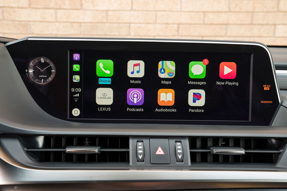 Lexus ES Carplay