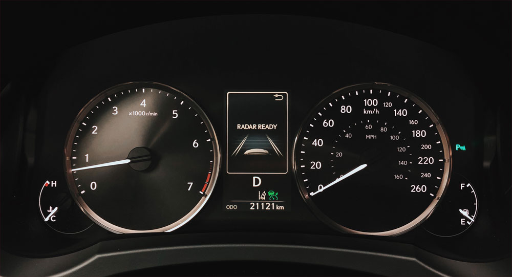 Lexus IS 300 AWD Speedometer