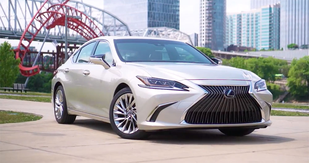The 2019 Lexus Es In Two New Colors Moonbeam Beige Metallic
