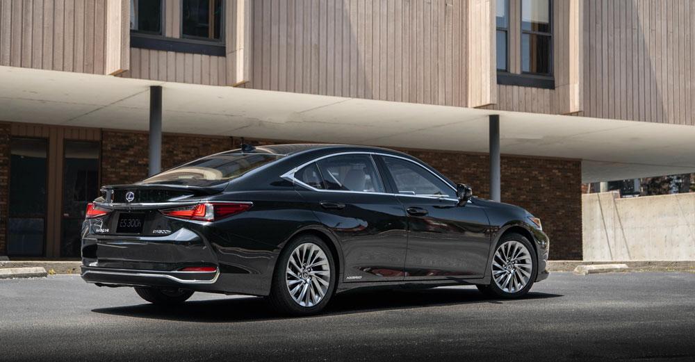 Lexus ES Final