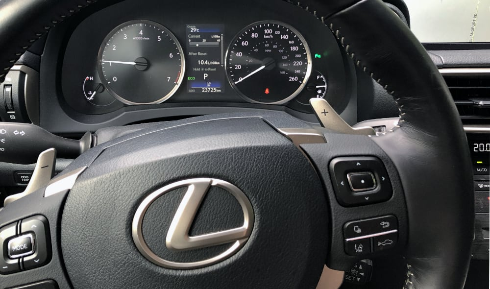 Lexus IS Display