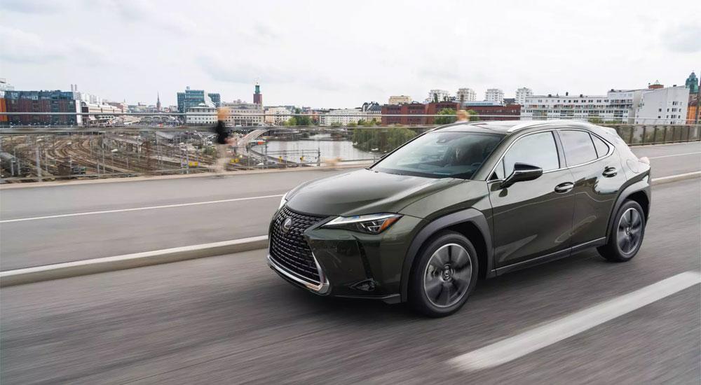 Lexus UX Green