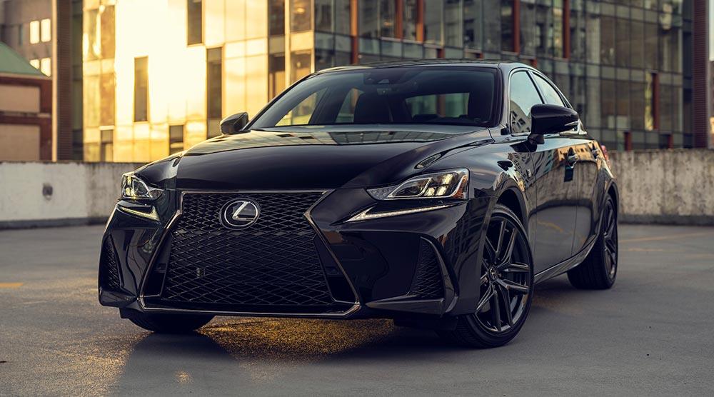 Lexus IS Black Line