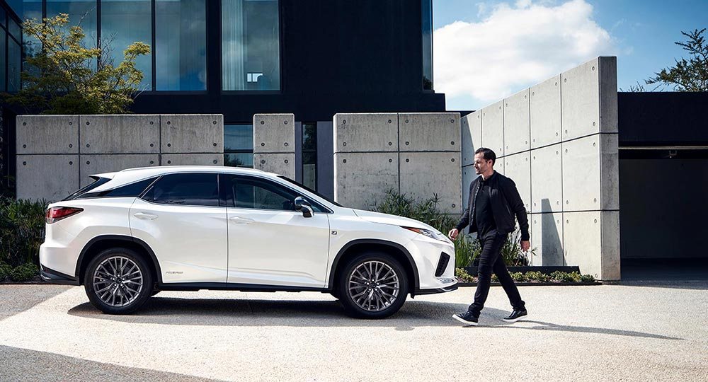 Lexus RX Video Debut