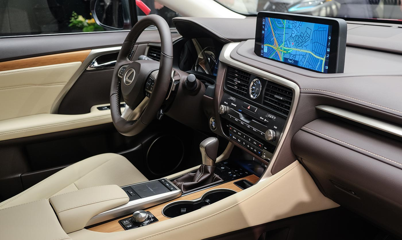 Lexus RX Touchscreen Interior