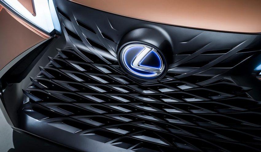 Lexus to Bring Apple CarPlay to Select Older Models | Lexus