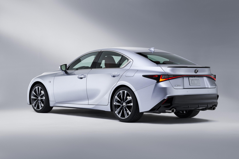 2021 Lexus IS 250 Ratings