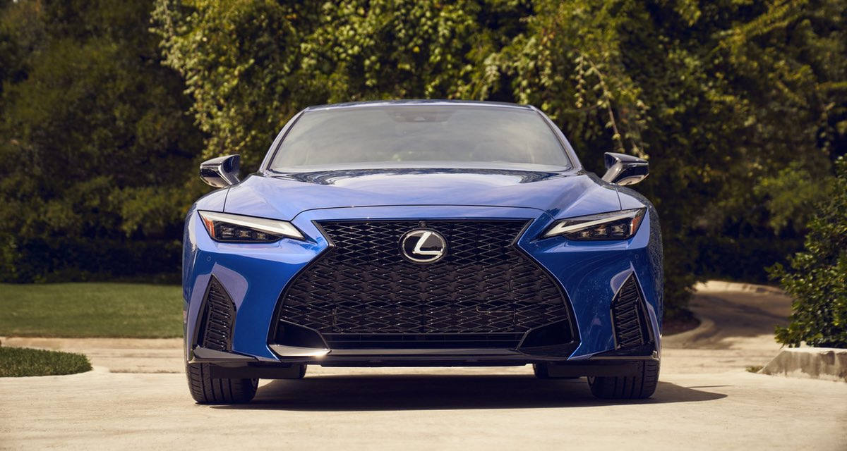 Lexus IS Blue Front