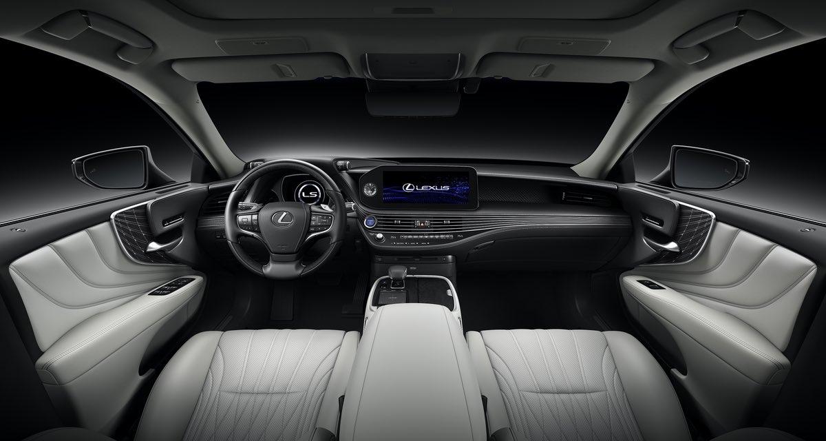 Lexus LS Interior Grey