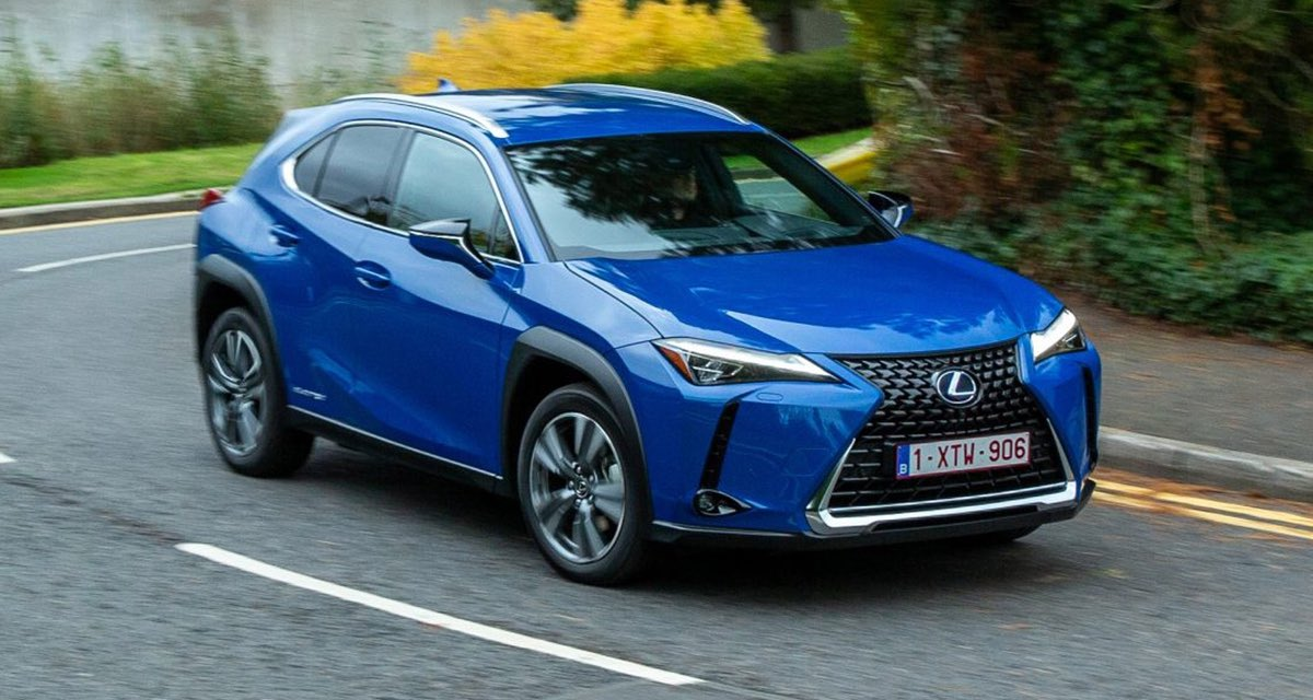 Lexus UX Reviews