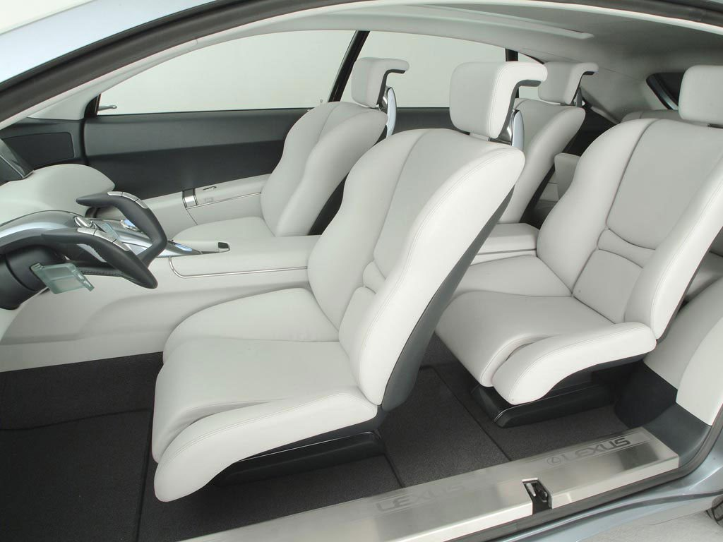 2003_Lexus_HPXConcept10