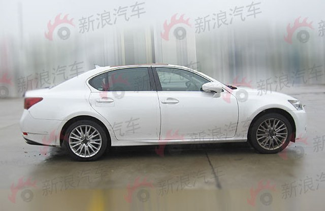 2013 Lexus GS 350 AWD Side Profile