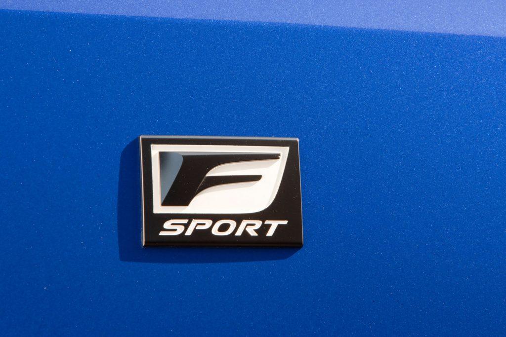 2011-lexus-is-f-sport-package-15