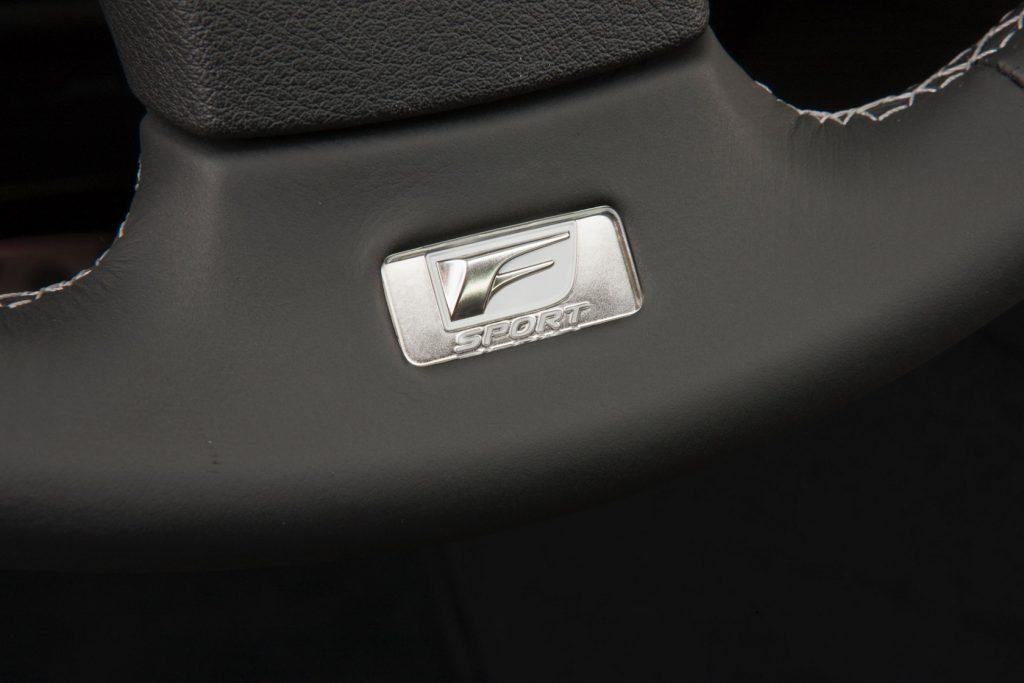 2011-lexus-is-f-sport-package-19