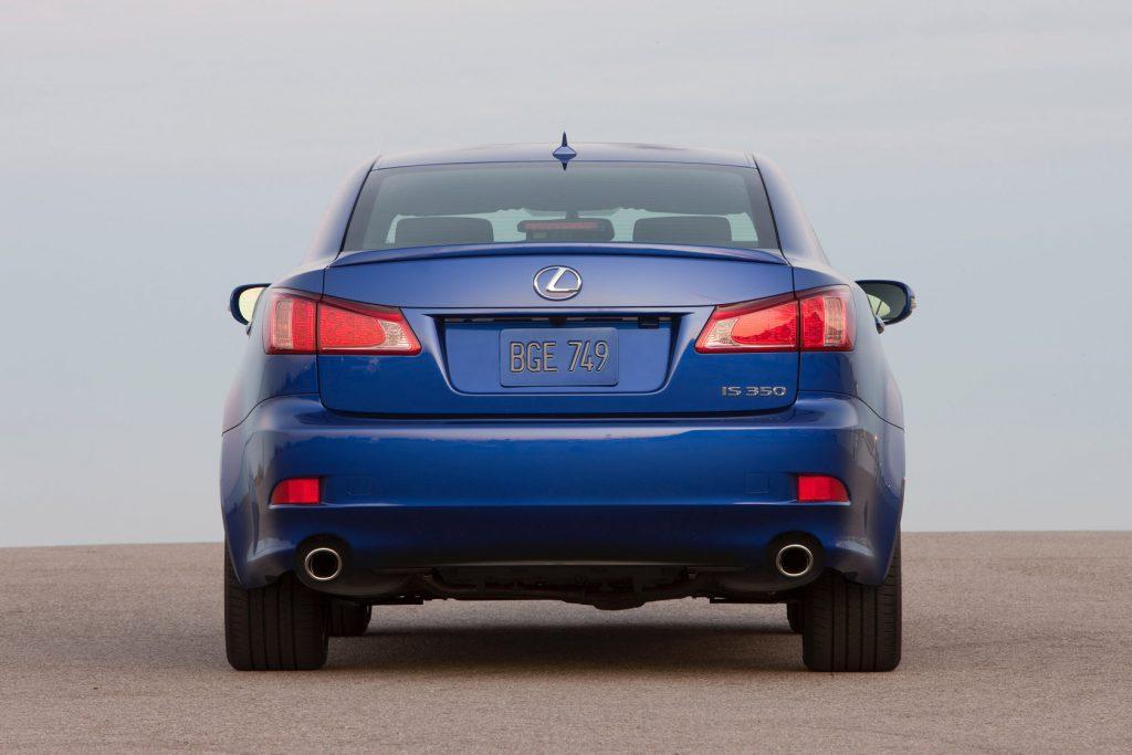2011-lexus-is-f-sport-package-6