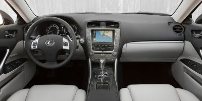 2011-lexus-is-official-13