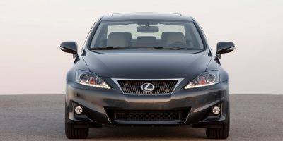 2011-lexus-is-official-3