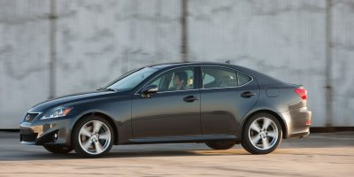 2011-lexus-is-official-6