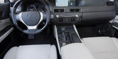 2012-lexus-gs-interior-2